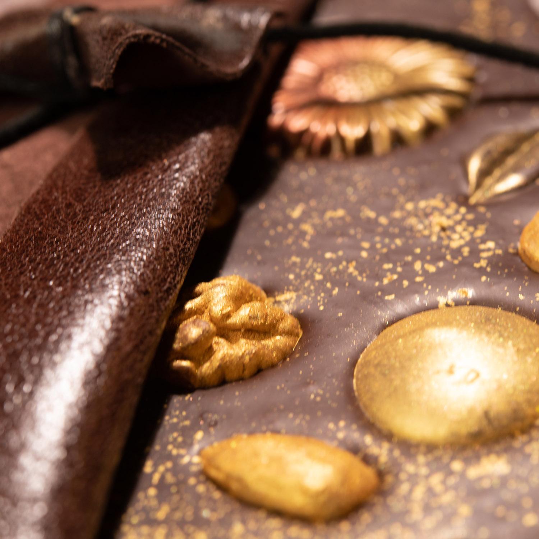 Bőrtokos csokoládé